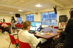 salle équipée pour la visioconférence en MPR