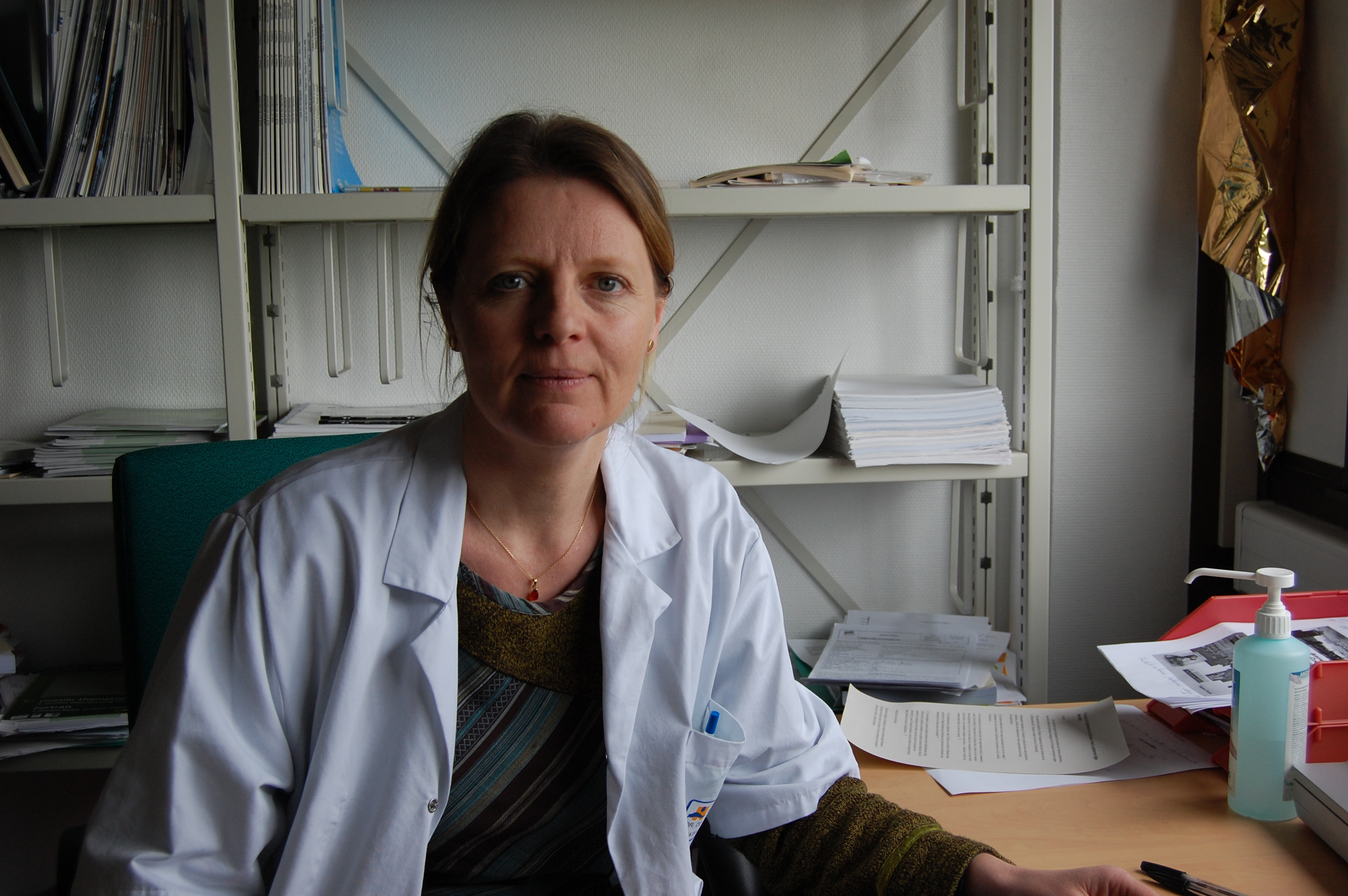 Dr Laure de Decker