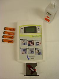 le photomètre permet de doser l'hémoglobine par ponction capilla