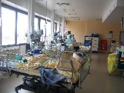 Postes de salle de réveil au bloc opératoire de chirurgie infant